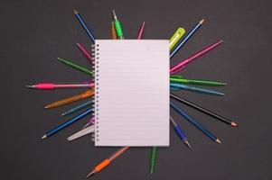 notitieboekje en briefpapier
