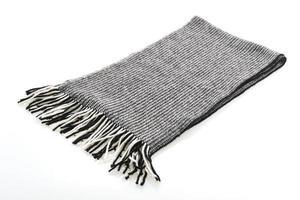 grijze sjaal op witte achtergrond