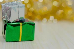 zilveren en groene geschenken