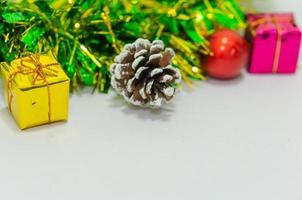 kleurrijk kerstdecor foto