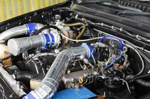 motor van een sportwagen