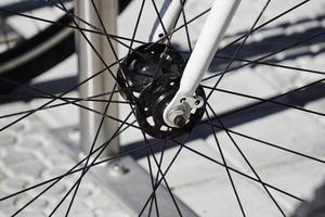 close-up van fiets spaakwielen foto