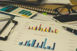 grafieken op een bureau