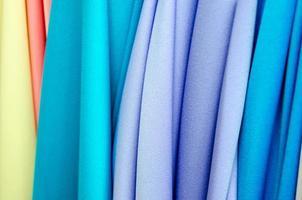 close-up van kleurrijke stoffen