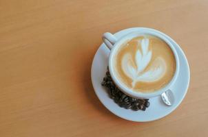 bovenaanzicht van een latte