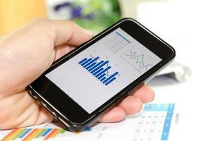 grafieken op een smartphone foto