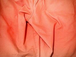 rode stof voor achtergrond of textuur