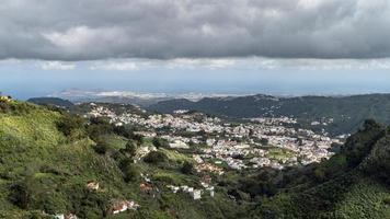 uitzicht op de vallei van teror in gran canaria foto