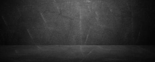 brede horizontale zwarte bord en schoolbord studio achtergrond foto