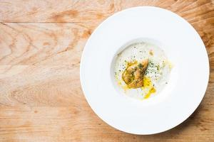 foie gras met penne roomsaus foto