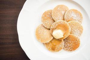 pannenkoek met boter erop foto