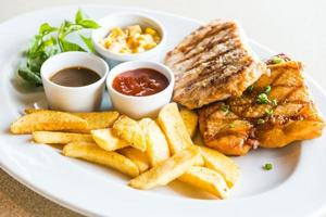 karbonade en kippenbiefstuk