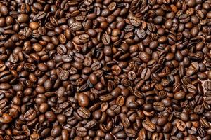 close-up van bruine, gebrande koffiebonen achtergrond