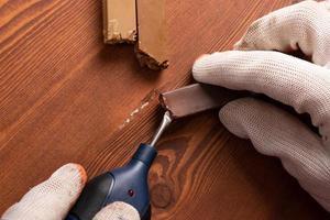 restauratie van houten werkbladen foto
