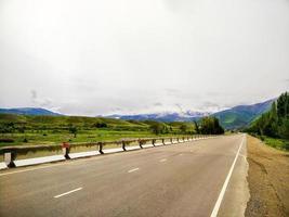 weg naar de bergen
