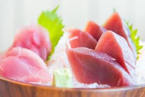 verse rauwe sashimi-vis