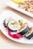 sushi roll zalm maki foto