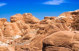 rotsachtige canyon en lucht foto