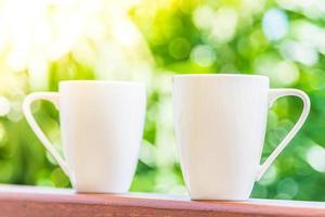witte koffiekopjes