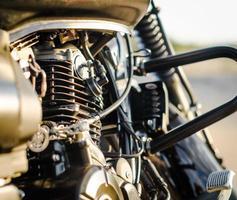 close-up van een motorfietsmotor foto