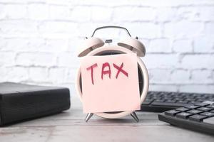 belasting woord op wekker
