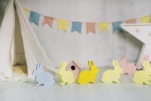 paasdecoraties met konijnen foto
