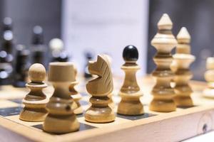 schaken bedrijfsconcept, leiderschap en succes foto