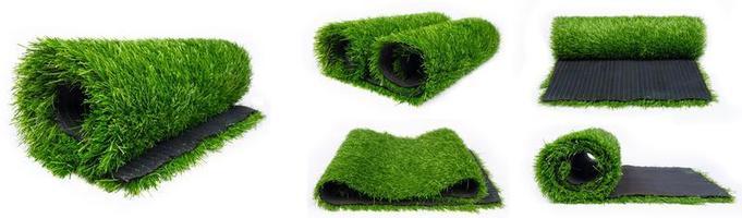 collage van rollen van kunstmatig plastic gras voor sportvelden foto