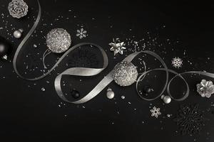 elegante zwarte en zilveren kerstversiering, kopie ruimte foto