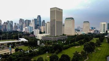 Jakarta, Indonesië 2021 - luchtfoto van gebouwen in de stad Jakarta foto