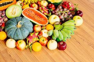 geassorteerde en gemengde vruchten foto