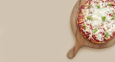 smakelijke traditionele pizza foto