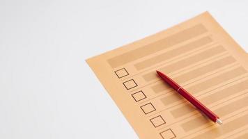 vragenlijst voor niet-ingevulde stemvragen met een hoge hoek foto
