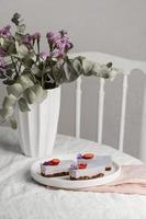 heerlijk huisgemaakt aardbeiendessert foto