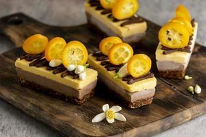samenstelling van heerlijke zelfgemaakte taarten foto