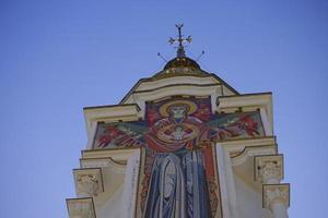 kerk-vuurtoren van st. nicholas de wonderdoener. foto