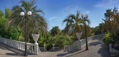 panorama van het park van zuidelijke culturen in Sotsji foto
