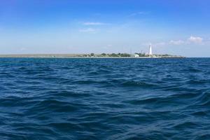 marien landschap met uitzicht op de kaap Tarhankut foto