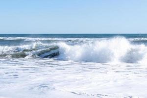 zeegezicht met uitzicht op het strand van Khalaktyrka foto