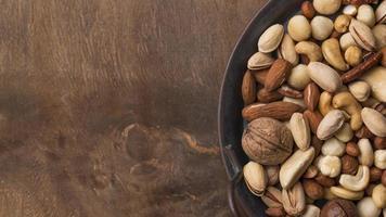 bovenaanzicht biologische noten snack foto