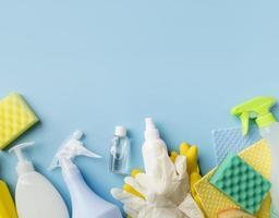 bovenaanzicht van desinfectieapparatuur foto