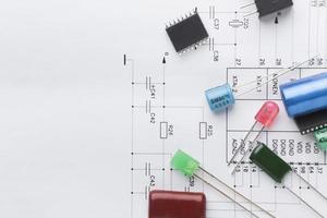bovenaanzicht elektronische componenten foto
