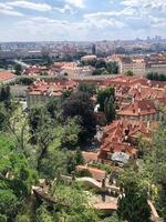 panoramisch stadsgezicht van Praag foto