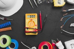 multimeter geplaatste tools. mooi fotoconcept van hoge kwaliteit en resolutie foto