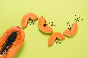bovenaanzicht heerlijke papaya tafel. mooi fotoconcept van hoge kwaliteit en resolutie foto