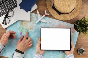 bovenaanzicht reiselementen collectie. mooi fotoconcept van hoge kwaliteit en resolutie foto