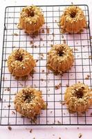 donuts eten foto's foto