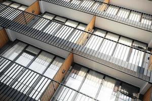 onderdeel van een gebouw met meerdere verdiepingen foto