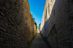 straat van het oude centrum van Assisi foto