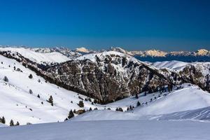 besneeuwde alpen drie foto